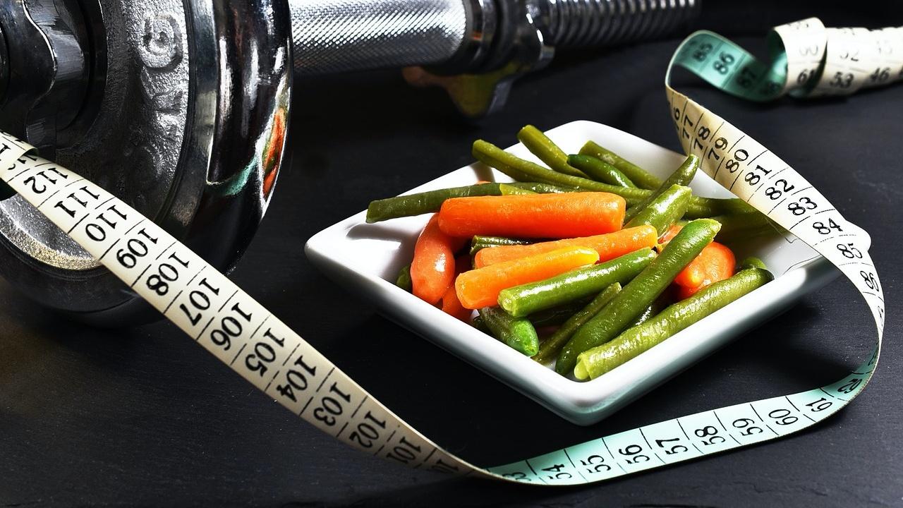 Redukcja masy ciała – zalecenia żywieniowe